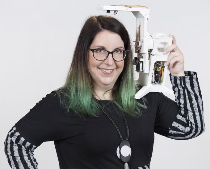 Jasna Hengović je postala inženirka leta 2020. V Evropi le dobra četrtina deklet študira STEM (znanost, tehnologija, inženirstvo, matematika), v Sloveniji od treh študentov ena. Foto: Andrej Križ