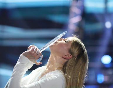 Ana Soklič je z izbrano skladbo zelo zadovoljna. Foto: Adrijan Pregelj/RTV Slovenija