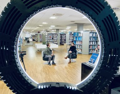 Modro in prešerno v kranju. Vir: Arhiv Knjižnice Kranj
