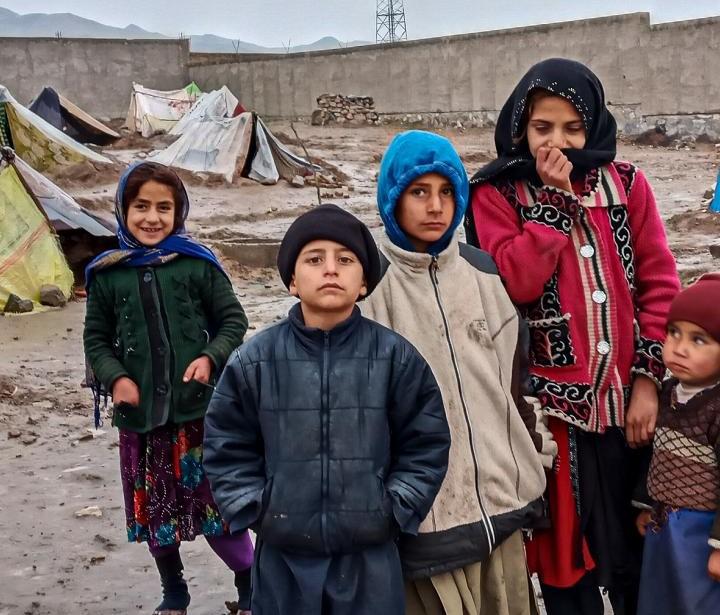 Otroci v begunskem taborišču Šajdaj v Afganistanu. Vir: ActionAid