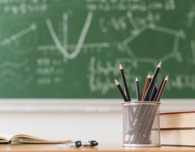 Bodoči dijaki lahko do 22. aprila prenesejo svojo prijavo na drugo šolo. Vir: Freepik
