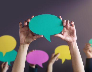 Globalno učenje je proces spodbujanja posameznikov in skupnosti za lastno angažiranje ter delovanje na področju razreševanja ključnih skupnih izzivov človeštva. Vir: Freepik