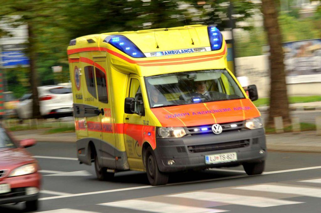 Reševalno vozilo. Foto: Tamino Petelinšek/STA