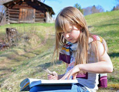 Knjige otrokom širijo obzorja. Vir: Pixabay