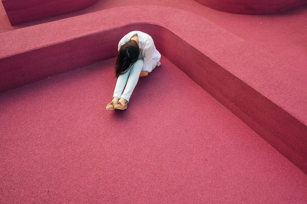 Duševno stanje mladih se je močno poslabšalo. Občutenje stresa se je podvojilo, osamljenost se je potrojila. Vir: Unsplash