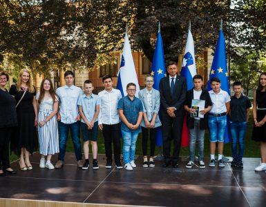 Mladi smo z rojstvom Republike Slovenije dobili nalogo, da ohranjamo spomin na tiste, ki so se zanjo hrabro in srčno borili, in tiste, ki so zanjo tvegali ter žrtvovali svoja življenja. Vir: ZPMS