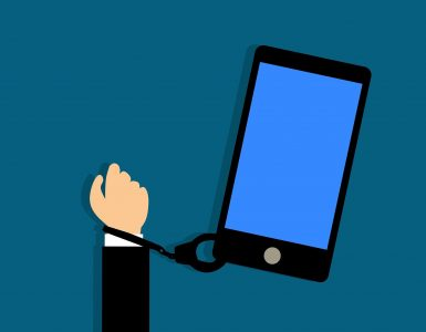 Vse več mladih ima težave zaradi zapeljivega sveta kriptovalut. Vir: Pixabay