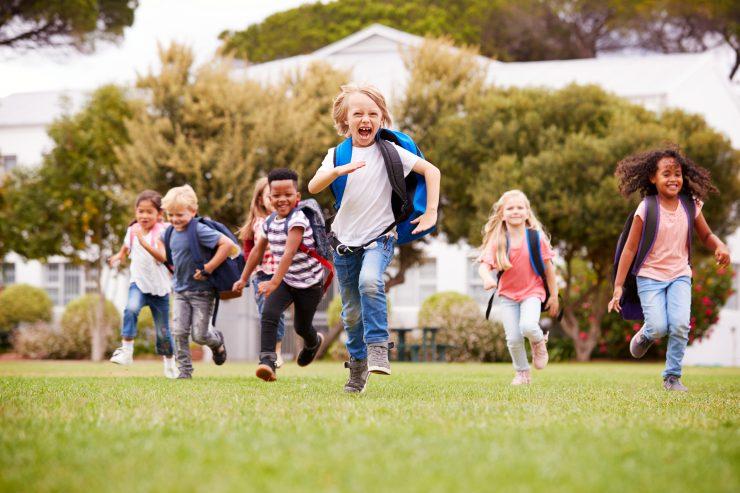 Vsak otrok ima pravico, da se v šoli počuti sprejetega. Vir: Adobe Stock
