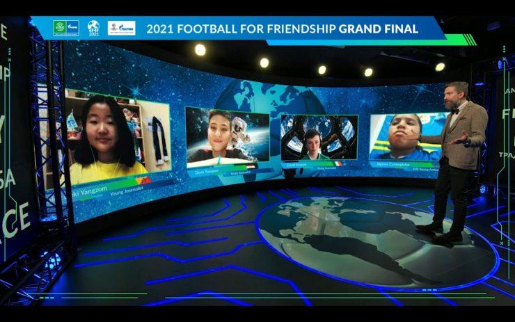 Finale turnirja letos ni potekal na zelenicah, ampak prek zaslonov. Vir: F4F