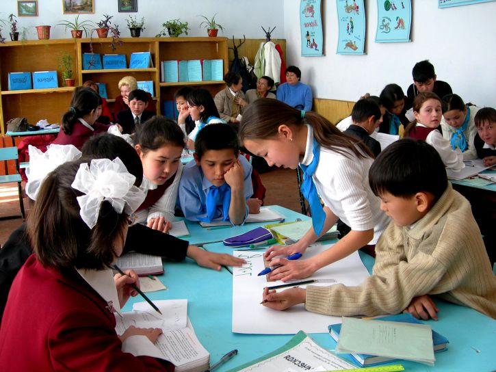 Otroci se z RSV navadno okužijo v vrtcu ali šoli. Vir: Pixnio