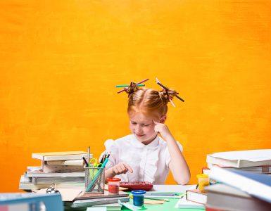 Kaj pa slovenščina? Učenci so se pri maternem jeziku odrezali precej slabše kot pri tujem jeziku. Vir: Freepik