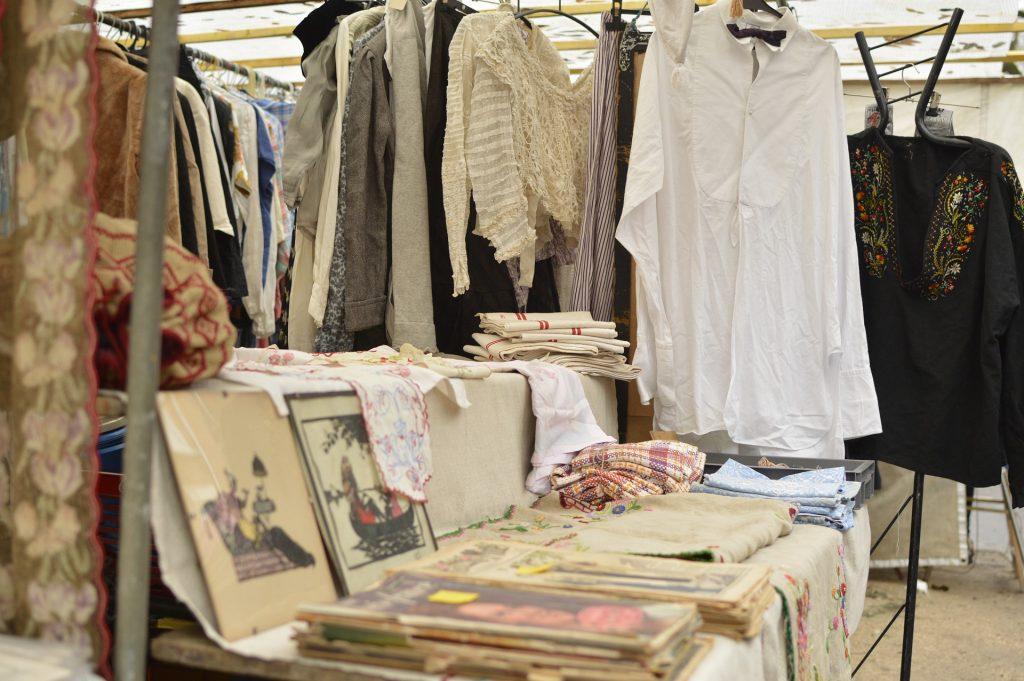 Stara oblačila. Vir: Pixabay