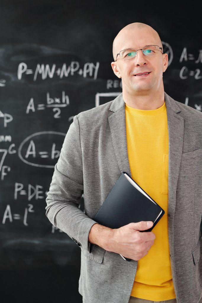 Učitelj. Vir: Pexels