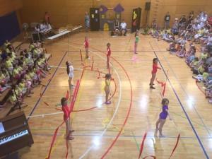 Mlade ritmične gimnastičarke