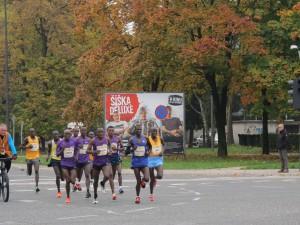 Vodilna skupina na 9. kilometru