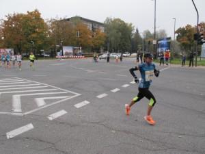 Prva belopolta zmagovalka na 9. kilometru
