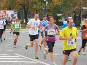 Tekmovalci na 9. kilometru